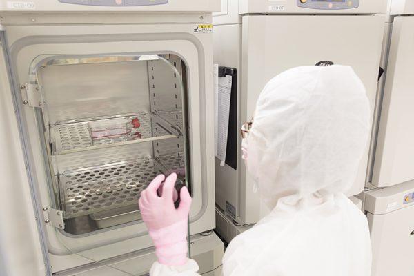 細胞培養室